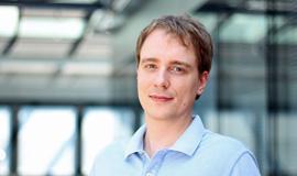 Dr. Christian Weifner