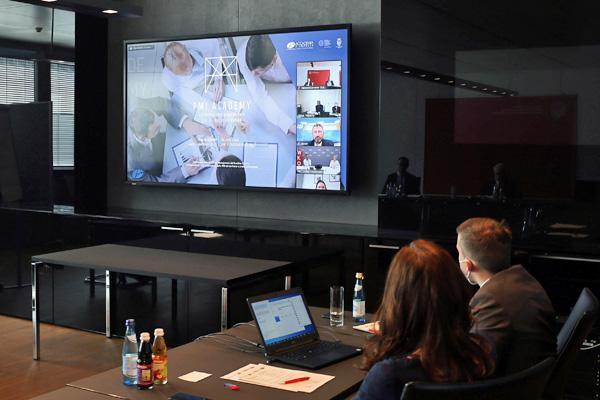 conferenza online